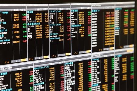 リスクを低減し安定した収益を目指す分散投資